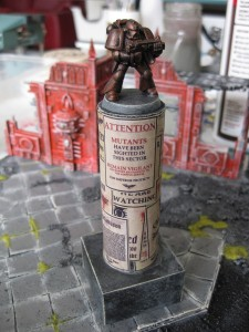 Notice pillars and 2nd edition space marine statues